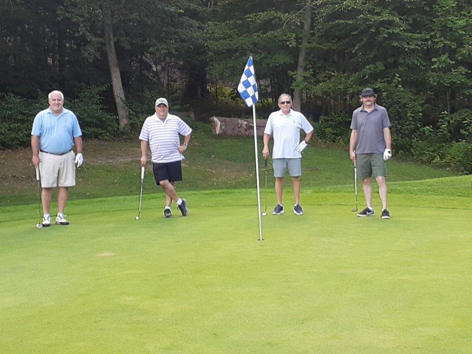 Monadnock Scramble Golf League Y1W8